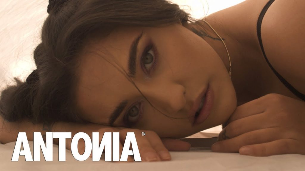 ANTONIA – Muti (Home Edition – Official Video)